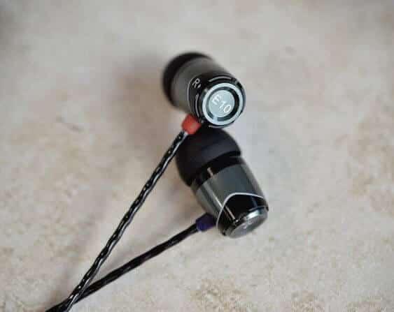 in ear headphones review
