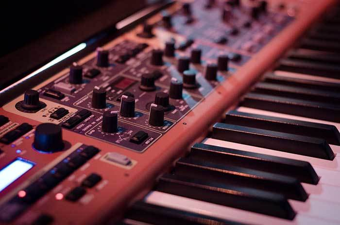 Synthesizer Definition